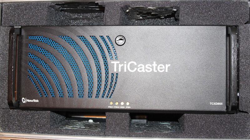 NewTek TriCaster 855 Live Production Switcher w/ Road Case - TCXD855