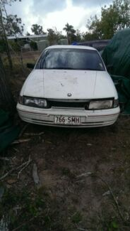 Up for sale is a 1990 vp Commodore v6 5speed manual  Yeppoon Yeppoon Area Preview