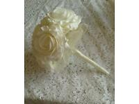 Ivory wedding bouquets