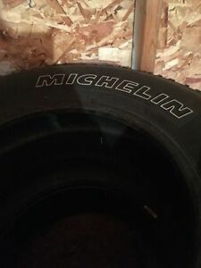 4 new truck michelin tires 265/70R17