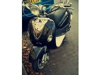 Lexmoto velencia black moped