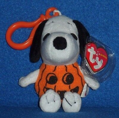TY SNOOPY the HALLOWEEN COSTUME KEY CLIP BEANIE BABY - MINT with MINT TAG