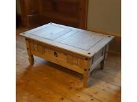 Small coffee table with drawer storage in very good condition