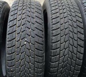 215/55/17 KUMHO SET OF 4 WINTER/SNOW  USED TIRES 90% TREAD LEFT! SALE! No Tax! FREE INSTALL&BALANCE