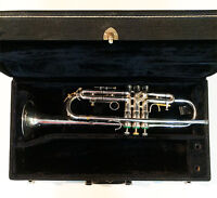 """Olds """"Super Star"""" Bb Trumpet Outfit"""