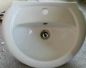 Small cloakroom basin