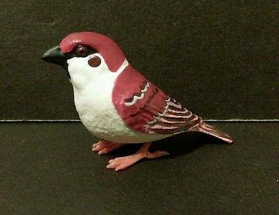 Suzume Collection ( Like Kaiyodo ) Burgundy Eurasian Tree Sparrow Bird Figure C
