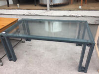 Modern coffee table - free local delivery. Good quality coffee table.