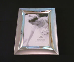 CONNOISSEUR Photo Picture Frame - BRAND NEW !