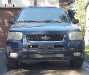 Cheapy Ride! 2004 Ford Escape Ltd. AWD | Mechanic Fixer Special