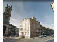 Furnished Two Bedroom Apartment on Cumberland Street - Edinburgh New Town - Available 01/10/2018