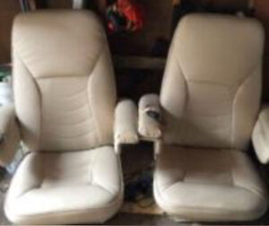 TODAY ONLY!! 2 massage chairs $60 Cambridge Kitchener Area image 1
