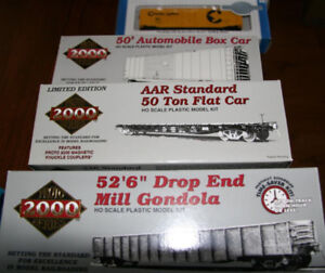 Assorted HO scale rolling stock model kits