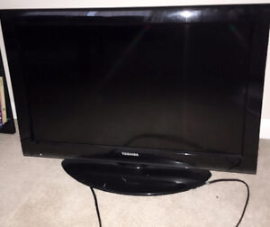 A 32 in toshiba TV for sale