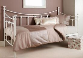 Single Bed / Day Bed