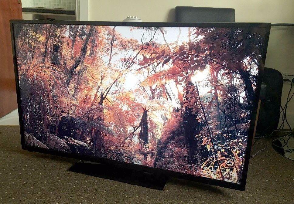 hitachi 50hyt62u 50 inch full hd freeview hd smart led tv - 50in Tv