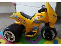 Child trike bike ride on .