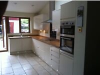 Kitchen Fitters Salford / Manchester - LP Kitchens Installations