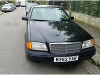 MERCEDES C180 4 DR SALOON. SUPERB. GREAT DRIVE. TAX AND MOT