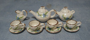 1-12-White-Ceramic-11-Piece-Tea-Set-With-Floral-Motif-Dolls-House-Miniature-2178