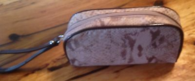 B MAKOWSKY signed Wristlet with top zipper + wrist strap for sale  Carlsbad