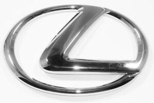 Lexus Genuine IS300 Front Grill Emblem 2001-2005 NEW