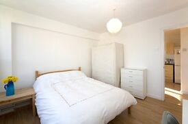 1st of Dec - 2 Double room Shoreditch - 5 mins to Old St. station
