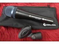 Sennheiser microphone e935