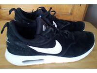 air max nike tavas trainers black suede size 11