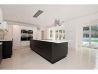 Double bedroom with ensuit bathroom and bills included, in new luxury house great location