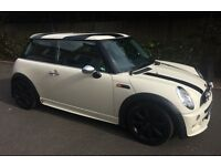 2004 MINI COOPER TOTALLY UNIQUE JOHN COOPER WORKS BODY KIT DVD ENTERTAINMENT SYSTEM ONE OWNER JCW