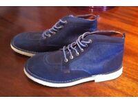 Kicker Boots Size 9