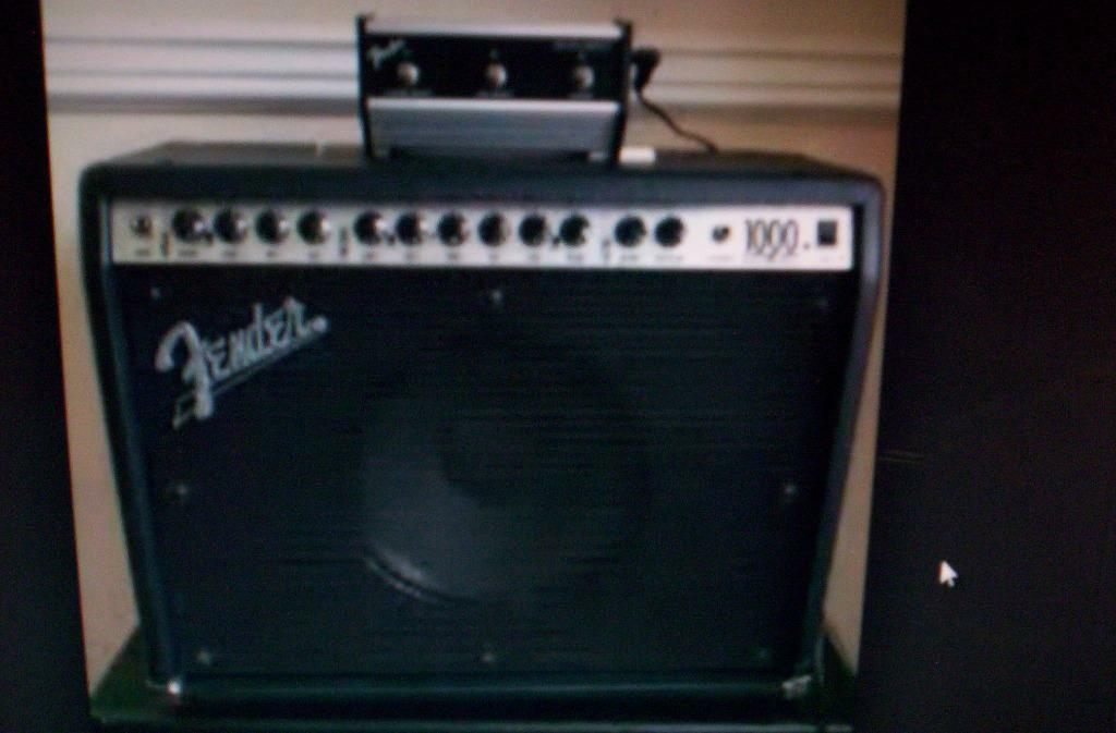 Fender Roc Pro 1000 Combo Guitar Amp Fender 1000 Roc Pro Guitar