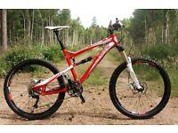 Lapierre Zesty 214 Mountain Bike - Stunning Condition (Medium) £1600 New - Happy to Post