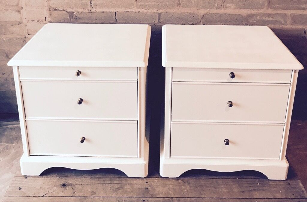 Stag Minstrel Bedside Tables Shabby Chic Hand Painted In Everlong Vintage Chalk Paint In Bridge Of Earn Perth And Kinross Gumtree