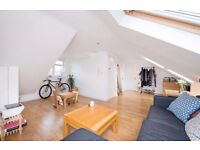 Spacious Living Room - Furnished / Unfurnished - Double Bedroom -Top Floor Apartment - £1,294 PCM