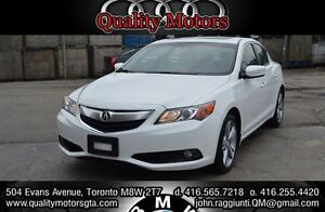 2013 Acura ILX w/Technology Package navigation backup camera and