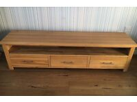 Solid Oak Extra Large TV Unit - Excellent Condition - RRP over £400