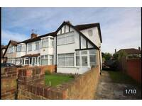 Spacious 4 bed house to Rent in Enfield