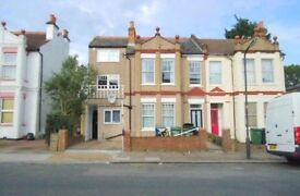 Spacious two bed flat in Harrow for rent, harrow and Wealdstone station bakerloo line