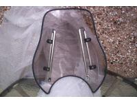 GIVI Universal-- smoked -Screen- and fitting kit