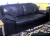 ****** £70 ****** REAL LEATHER HIDE MODERN 3 SEAT SOFA VERY SMART AND REALLY COMFORTABLE