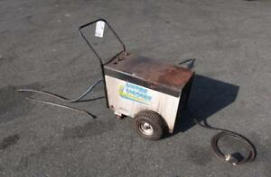 WATER WACKER Portable Hot/Cold Pressure Washer