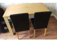 Good Quality Kitchen table + 4 Chairs Excellent condition - Ready for immediate pickup !