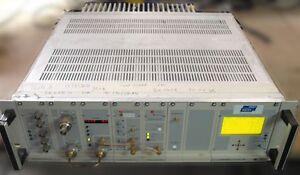 5 W UHF TV transmitter Repeater gap-Filler Analog NTSC/PAL or digital transmisor