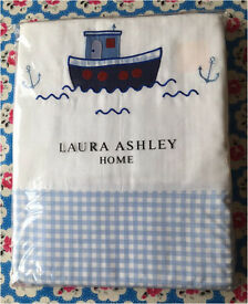 Laura Ashley Boy's Single Duvet cover & pillowcase