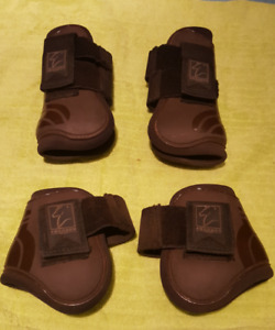 Shedrow open front and hind boots full (horse) size, brown