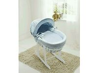 Kinder valley blue Dimple white Wicker moses basket. Free white Rocking stand. Brand new in sealed .