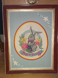 PICTURE -bunny wooden frame Stratford Kitchener Area image 1