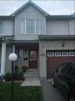3 Bedroom Townhouse for Rent Barrhaven Aug 15 / Sept 1